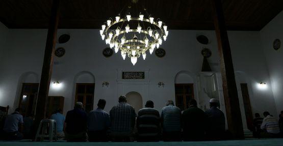 3 bin yıllık antik kentteki camide 32 yıl sonra ilk teravih