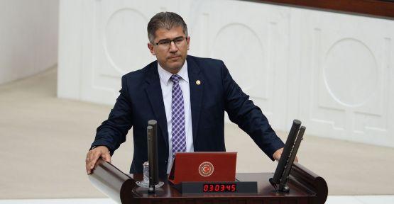 """AK Partili Öztürk'ten CHP'li Aldan'a 'İt"""" tepkisi"""