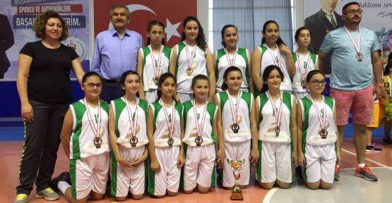 Basketbol il birinciliği müsabakaları Yatağan'da yapıldı