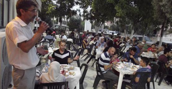 Cami avlusunda ramazan boyunca 300 kişiye iftar
