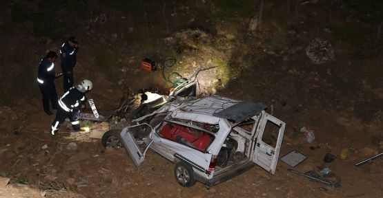 Ehliyetsiz sürücü kaza yaptı: 2 ölü, 2 yaralı