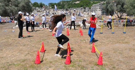 """""""Gladyatörler Şehri"""" 2 bin yıl sonra spor etkinliklerine ev sahipliği yaptı"""