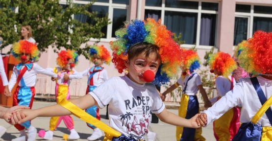 İlköğretim Haftası etkinlikleri, renkli görüntülere sahne oldu