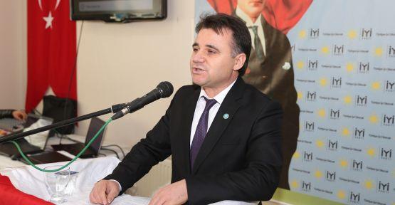 """İYİ Parti Kavaklıdere, """"Akkalı ile devam"""" dedi"""
