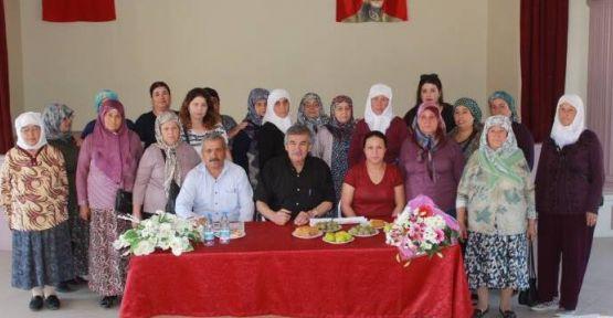 Kapubağlı kadınlardan Başkan Işık'a teşekkür ziyareti