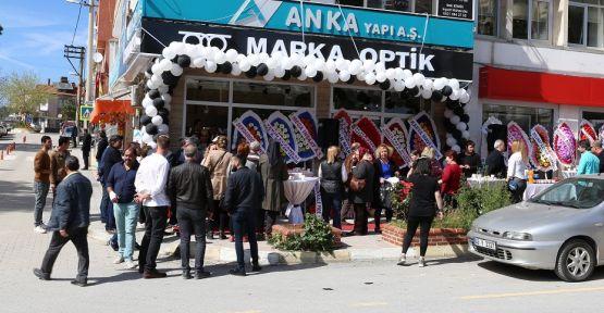 Marka Optik törenle açıldı