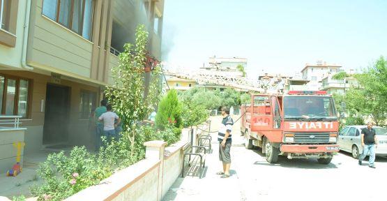 Yatağan'da ev yangını maddi hasara neden oldu