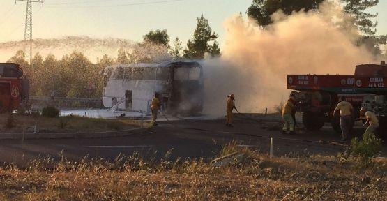 Muğla'da tur otobüsü yandı