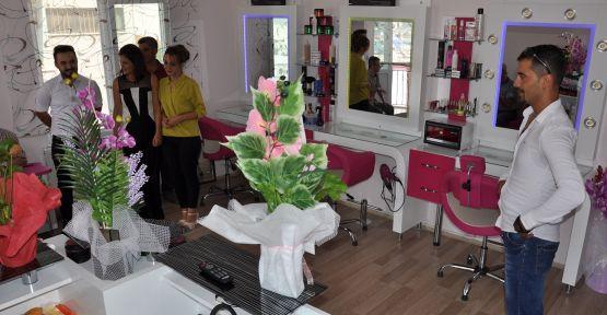 Showline Bayan Kuaför ve Saç Tasarımı açıldı