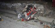 Yatağan'da otomobil minibüse çarptı:...