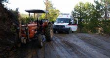 Ambulans, Doğu'da kardan, Gubbey'de ise çamurdan çok çekti!