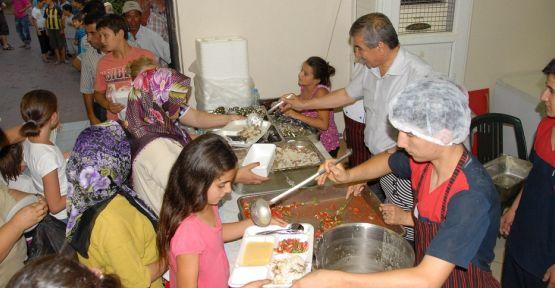 Yatağan Belediyesi iftar sofrası geleneğini sürdürüyor