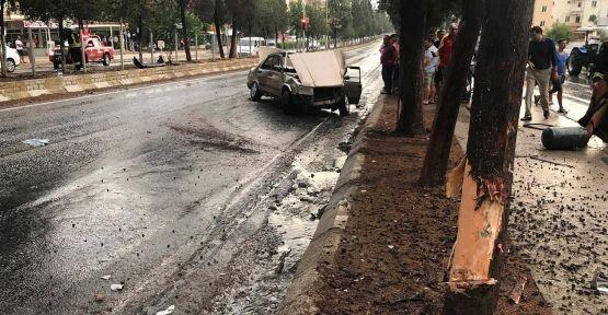 Yatağan'daki yağmurun bilançosu: 2 kaza, 3 yaralı