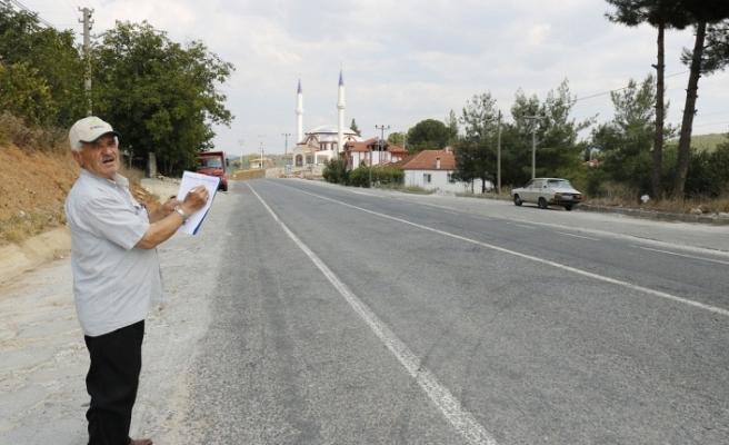 Vatandaşlardan Salkım'a sinyalizasyon, radar ve kaldırım talebi