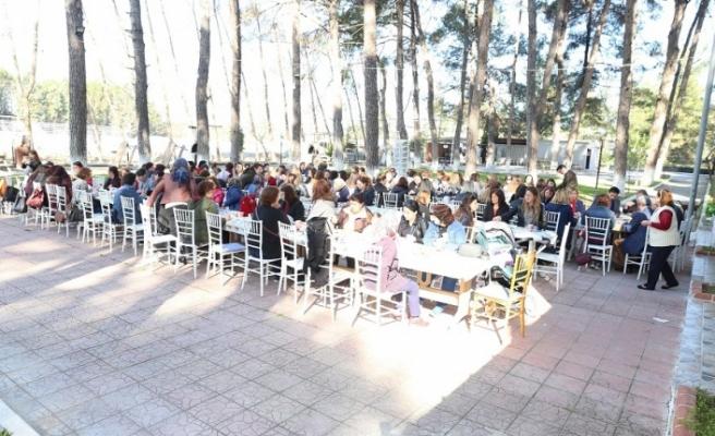 Arslan'dan kadın merkezli belediyecilik sözü