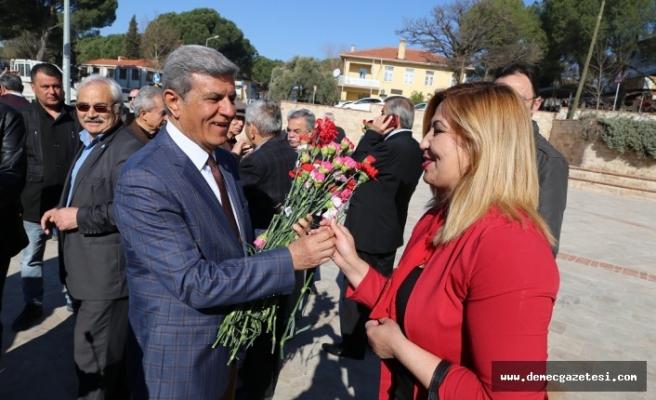 CHP'den 8 Mart'ta çelenkli kutlama