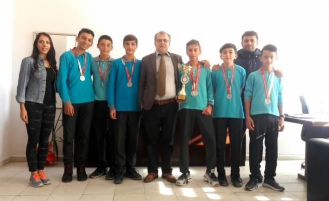 Kros yarışmasında Yatağan'a iki ödül