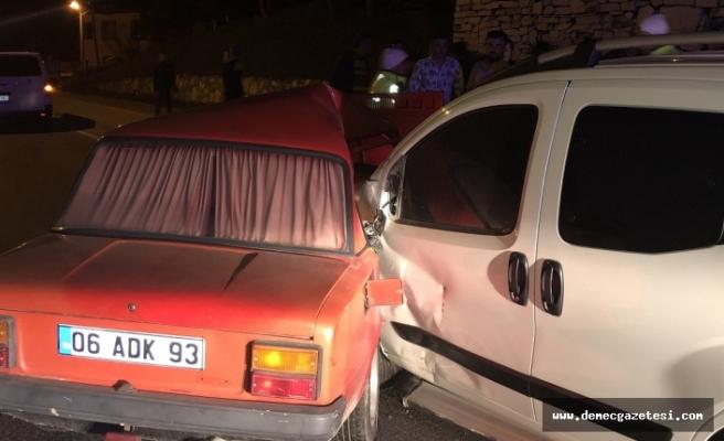 İki alkollü sürücünün sebep olduğu kazada ikiz kardeşler yaralandı