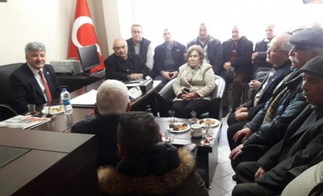 """İYİ Partili Metin Ergun: """"Ülke bir kıskaç içerisinde"""""""
