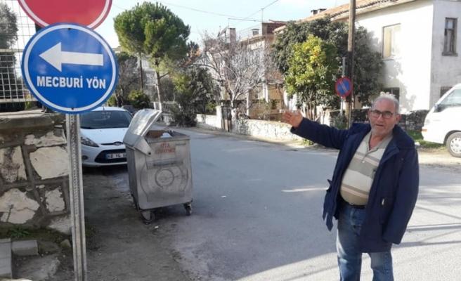 Servis şoföründen trafik kurallarına uyalım mesajı