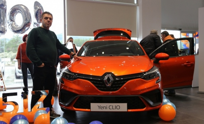 """Benzersiz"" Yeni Renault Clio tam not aldı"