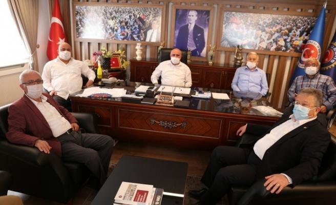 CHP İl Başkanından sendikalara 1 Mayıs ziyareti