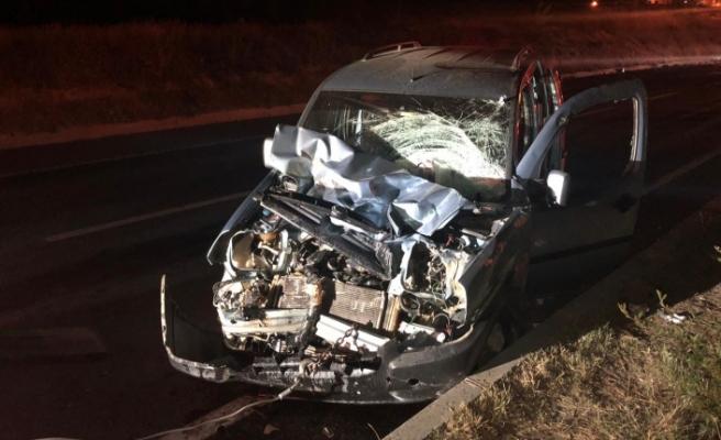 Alkollü sürücü traktöre çarptı: 2 ağır yaralı