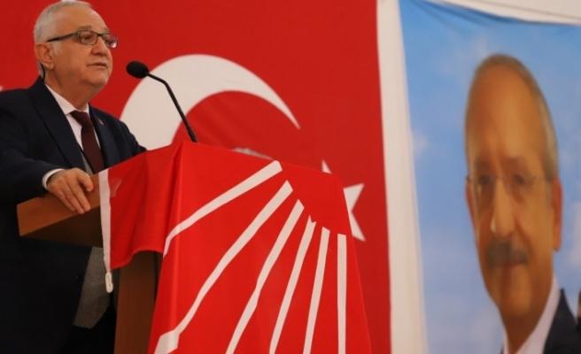 """CHP'li Zeybekoğlu: """"Türkiye demokrasisi önemli bir sınav veriyor"""""""