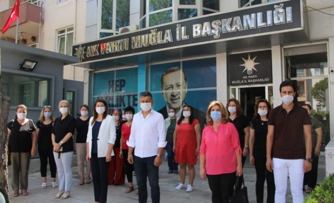 AK Parti Kadın Kolları'ndan Dilipak hakkında eş zamanlı suç duyurusu
