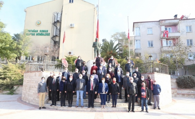 CHP ve İYİ Parti, Ata'nın huzurundaydı