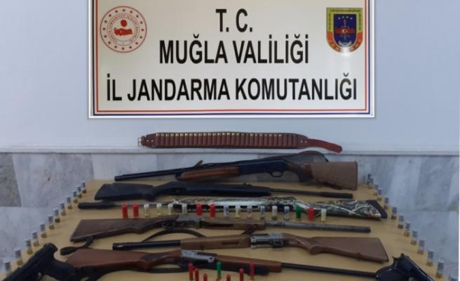 Jandarmadan silah ticareti operasyonu