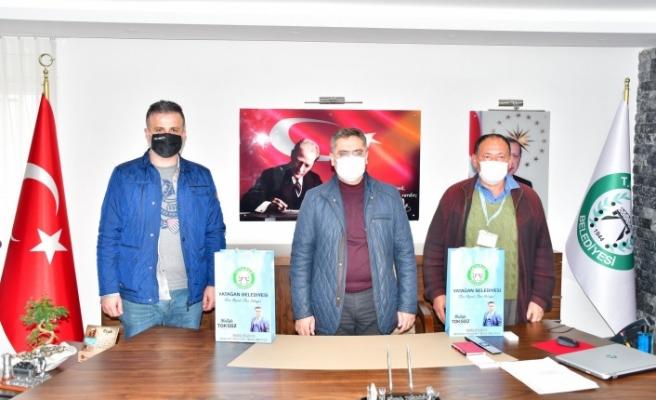 Toksöz, gazetecilerin günlerini kutladı