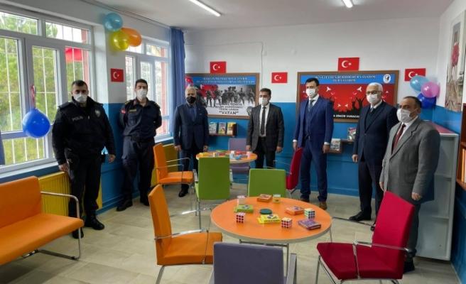 Yatağan'da Polis Amca Kütüphanesi açıldı