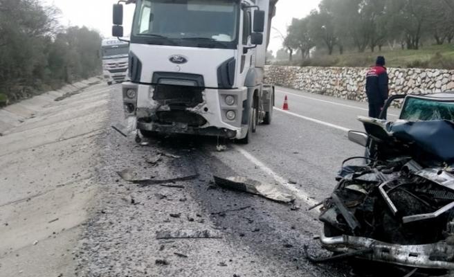 Yatağan'da sıkışmalı trafik kazası: 1 yaralı