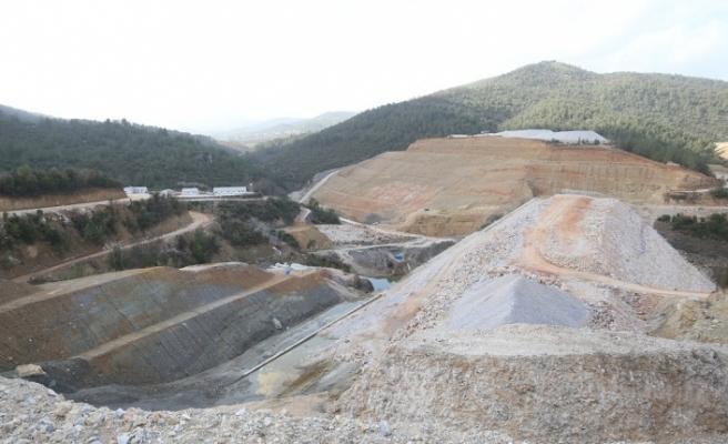 Girme Barajı'nda çalışmalar aralıksız sürüyor