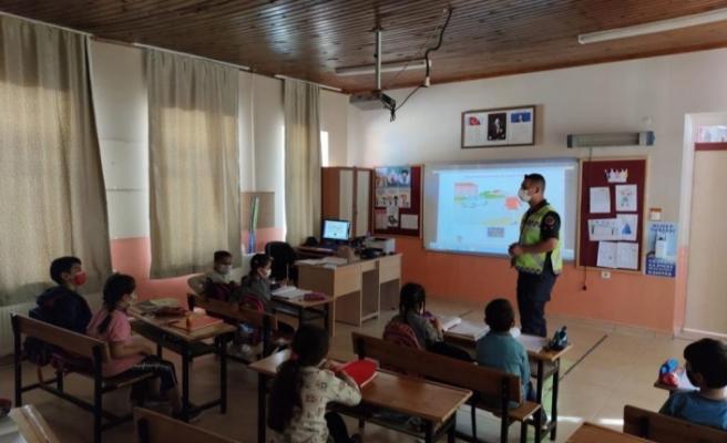 Yatağan'da Öğrencilere Trafik Güvenliği Eğitimi Veriliyor