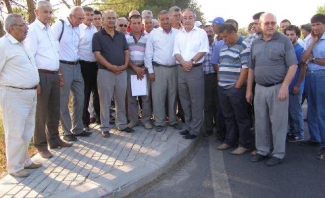 CHP'Lİ VEKİLLER, ACILI AİLEYİ ZİYARET ETTİLER