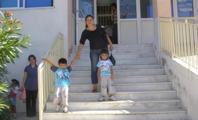 Okula Yeni Başlayanlar İçin Dün İlk Ders Zili Çaldı