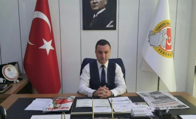 """AKBULUT: """"TÜRK BASINI ÖEMLİ BİR DEĞERİNİ YİTİRDİ"""""""