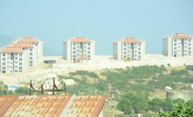 Bozarmut TOKİ'de kuralar çekildi