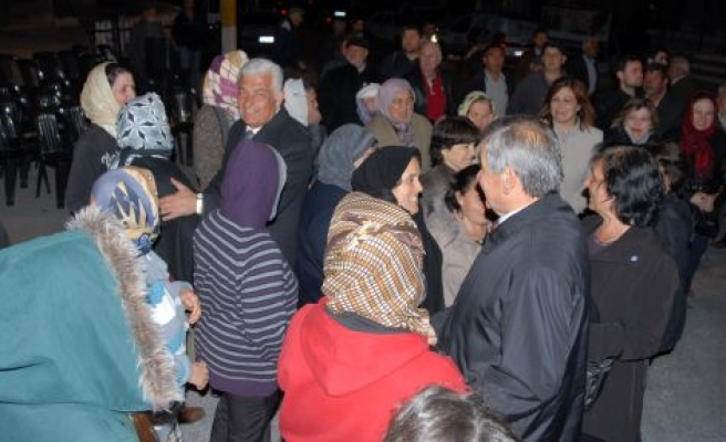 CHP Cumhuriyet Mahallesi Sakinleriyle Bir Araya Geldi