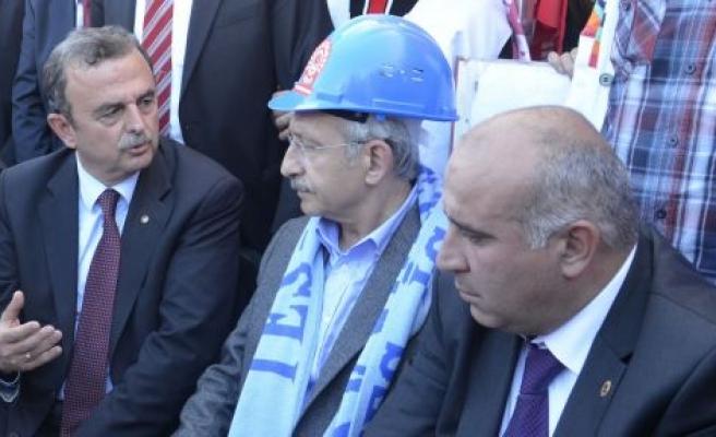 Direniş'in liderinden şok istifa!