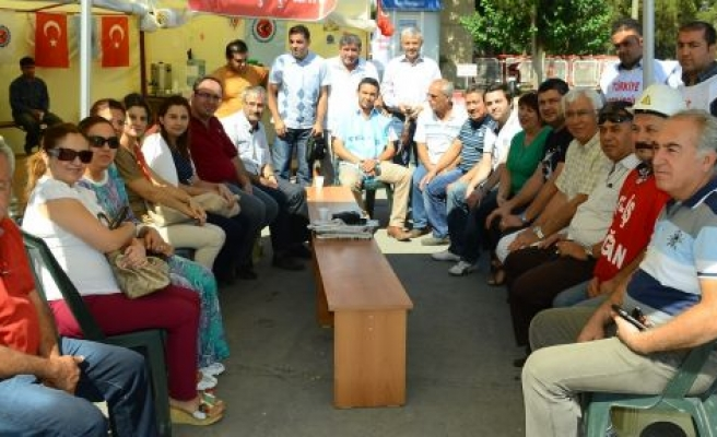 Eczacılar Odası ve Kavaklıdere CHP'den direnişe destek