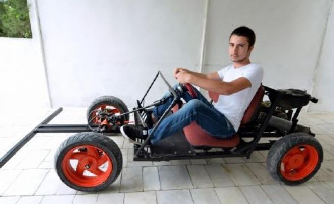 Harçlıklarıyla hayallerinin arabasını yaptı: Manevra