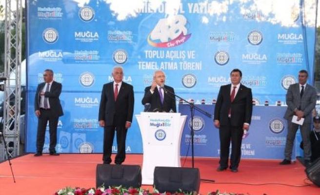 """Kılıçdaroğlu, """"Asgari ücret 2 bin lira olacak"""" dedi"""