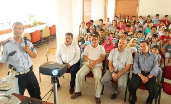 Kur'an kursu öğrencilerin trafik eğitimi