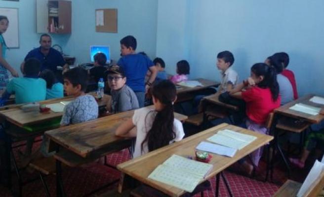Kur'an kursu öğrencilerine 'Trafik Dedektifi' semineri