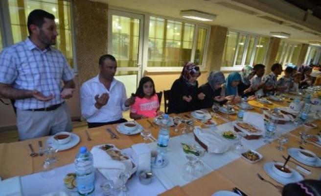 Kursiyerlere iftar yemeği