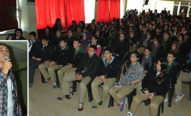 """Lise öğrencilerine """"Gençlik ve güvenli gelecek"""" semineri"""