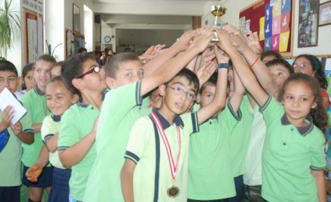 Madalya ve Kupalar Sahiplerini Buldu